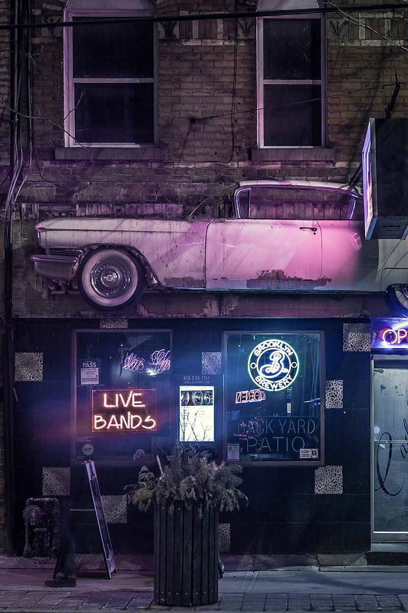 Outside bar blues